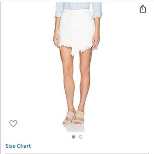 NWOT Guess mini skirt